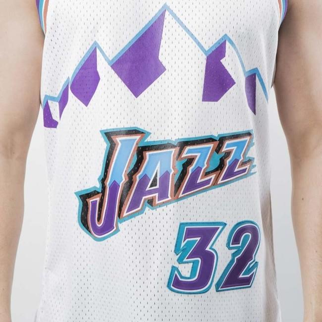 the latest 9486e 05b98 Mitchell & Ness Utah Jazz #32 Karl Malone white Swingman ...