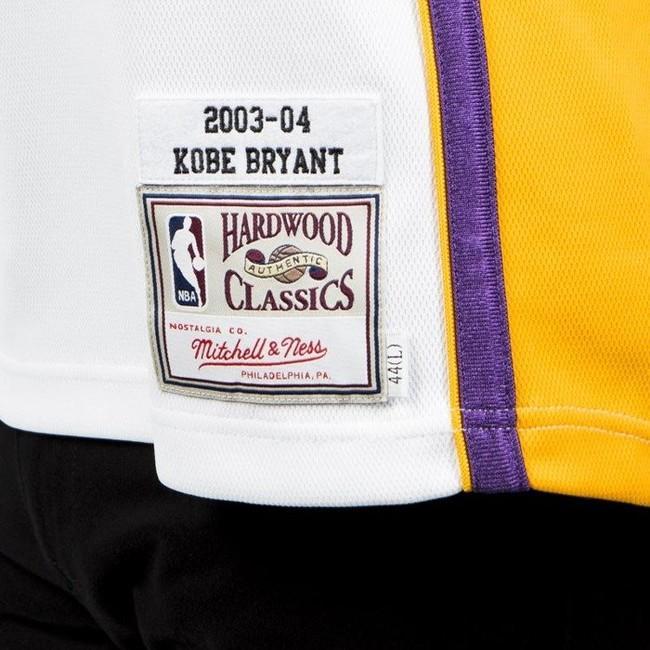 new arrival 9ff92 c6bda Jersey Mitchell & Ness Los Angeles Lakers #8 Kobe Bryant ...