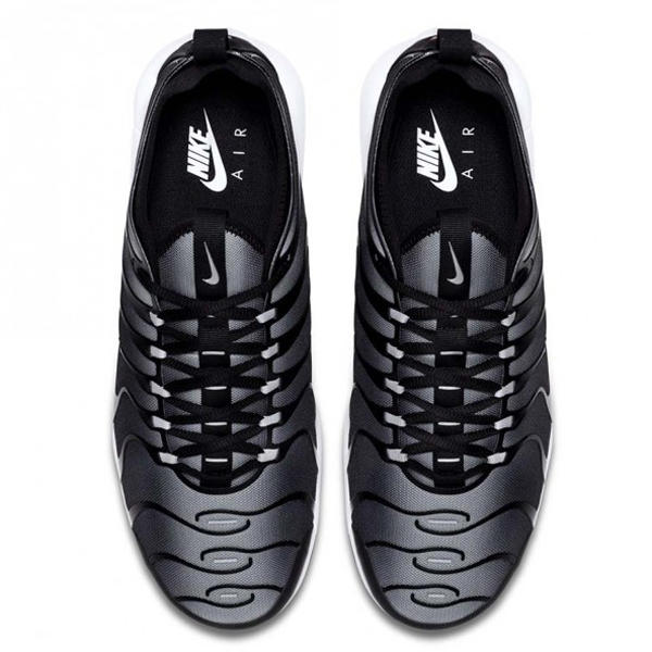 Nike Air Max Plus Tn Ultra Shoe Black Metallic Silver Wolf -2677