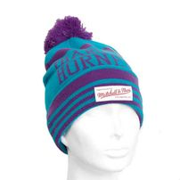 Mitchell & Ness On Field Charlotte Hornets Beanie
