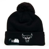 New Era Logo Shine Bobble Chicago Bulls Winter Cap
