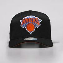 sale retailer 7c8af 679bc Mitchell   Ness snapback New York Knicks black Chrome Logo Snapback